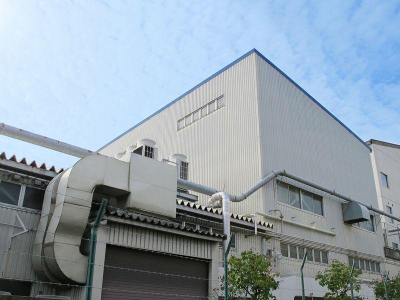 食品工場の温度監視 温湿度計の目視確認業務をゼロに!