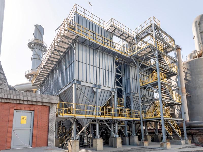 電池原料工場の粉塵レベルをLoRa無線で遠隔集中監視!